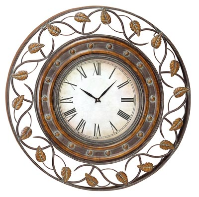 Round Wall Clock with Leaf Design