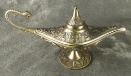 Brass Colored Aladdin's Lamp
