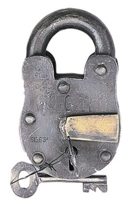 Antique Style Metal Lock and Keys