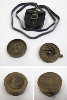 Sundial Compass in Leather Pouch