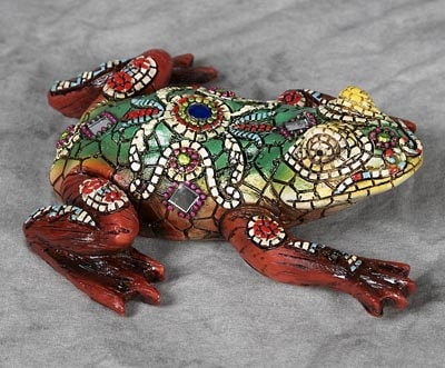 Decorated Mosaic Green Frog