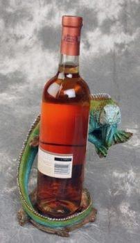 Iguana Bottle Holder