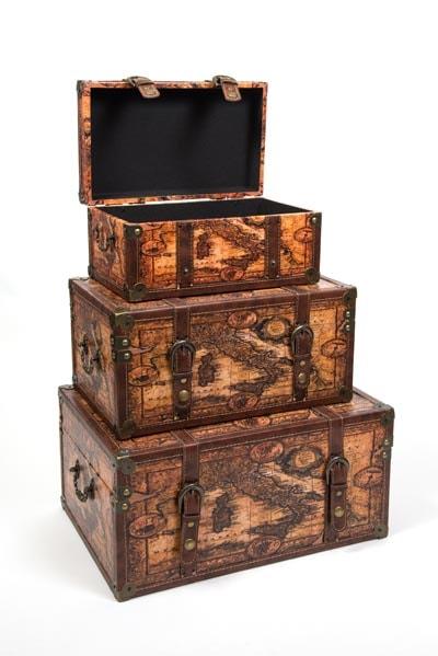 Set Of 3 Old World Trunks Globe Imports