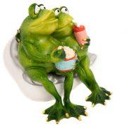 WW-415-Frogs-Movies-8-18-3334-775